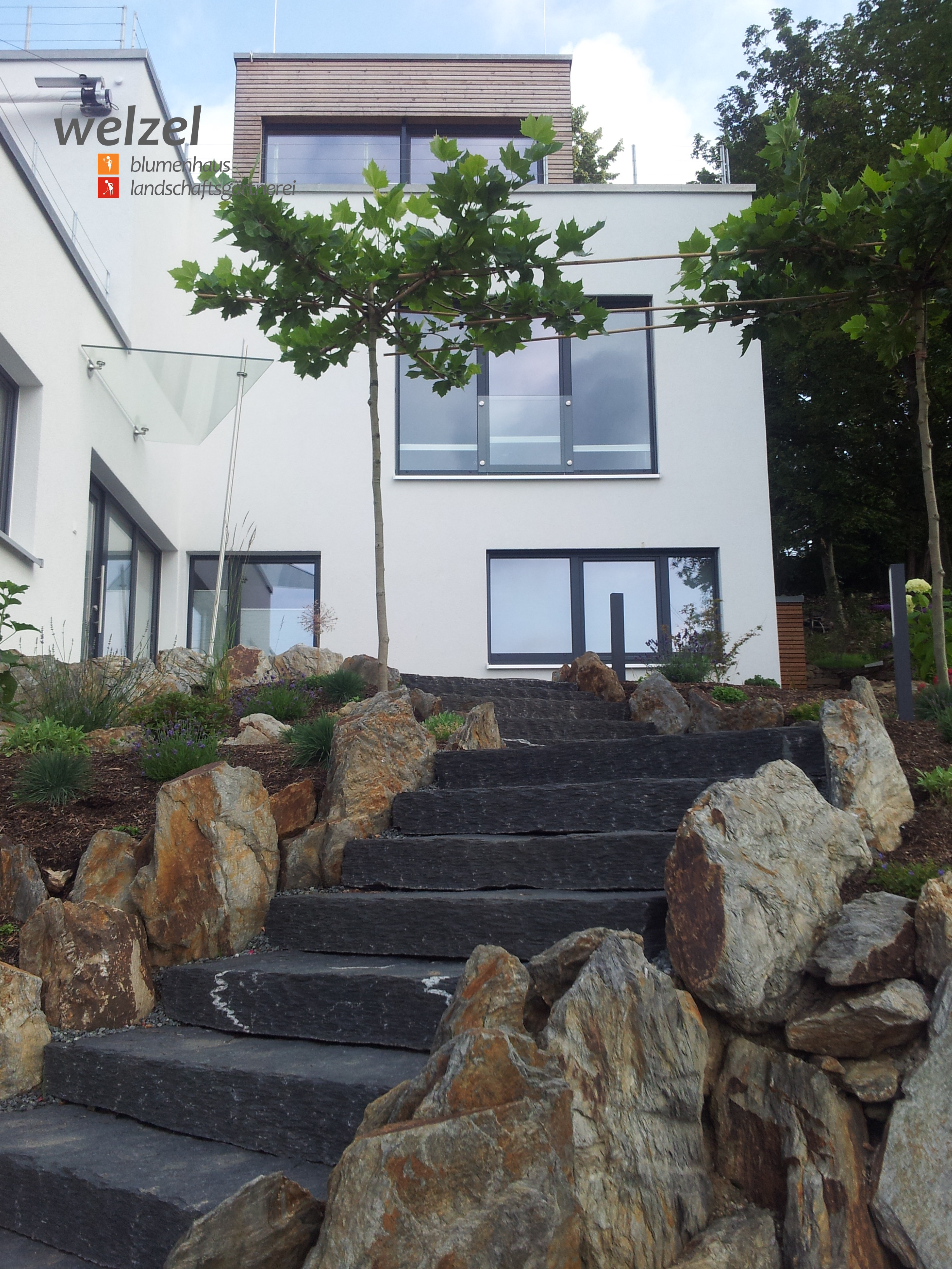 Bauhaus trifft naturstein for Bauhaus naturstein verblender